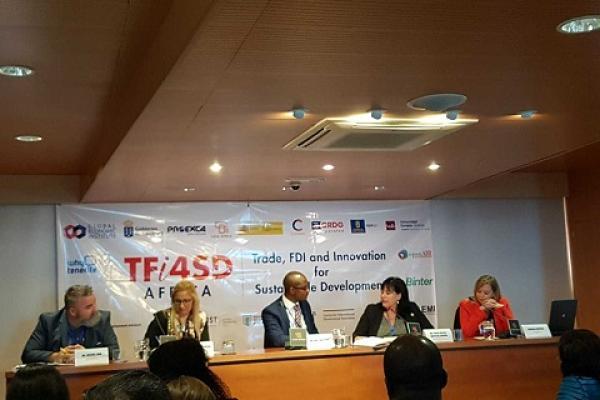 Rosa María Batista en el Encuentro Anual del Instituto de Economía Global