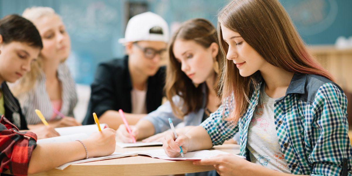 Mesa de estudiantes